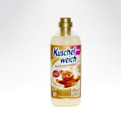 Kuschelweich 31 płukań - 1L do tkanin Glucksmoment beżowo-złoty